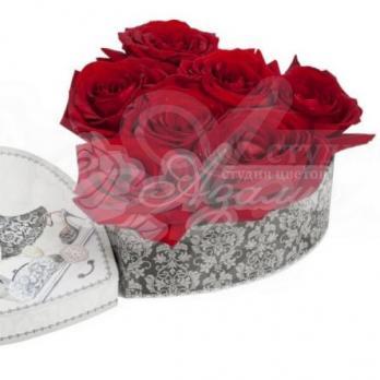 Сердце из 7 роз